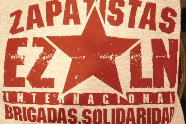 International Brigadas - VIVA EZLN © seven resist